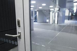 Профильные двери
